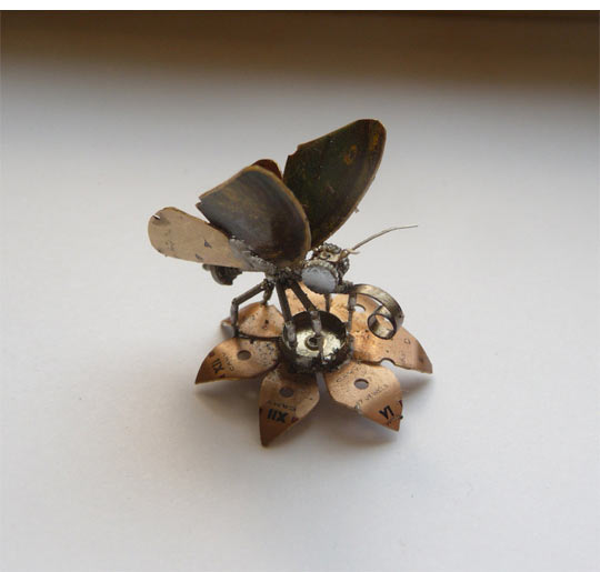 cool-steampunk-insect-watch-metal-wing