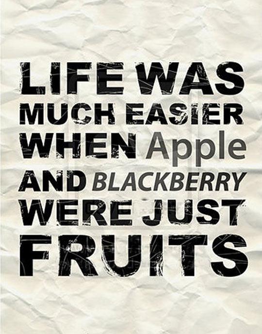 funny-Apple-BlackBerry-fruits-technology