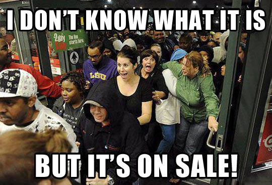 funny-Black-Friday-store-people