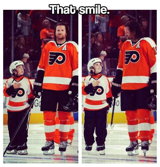 funny-Ice-Hockey-boy-dad-smile