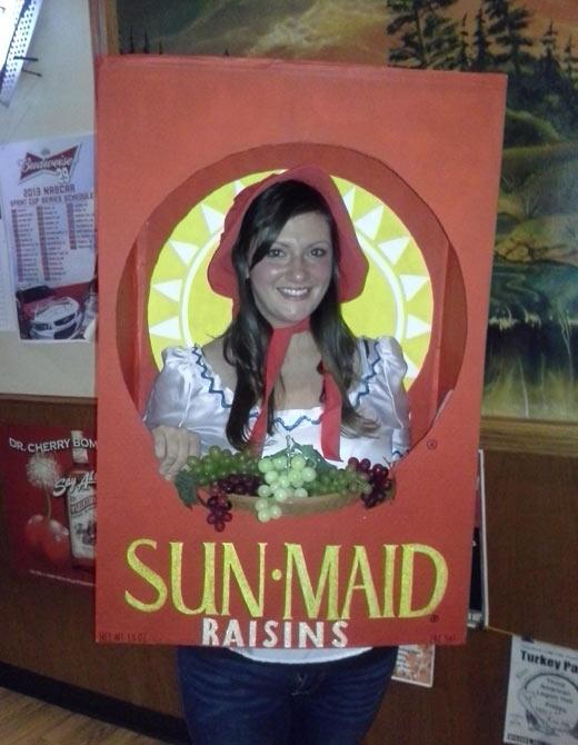 funny-SunMaid-costume-girl-raisins