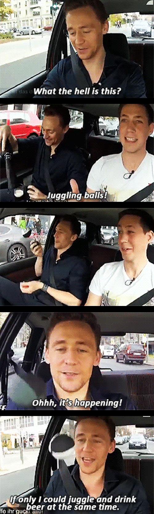 Tom Hiddleston juggling in Berlin...