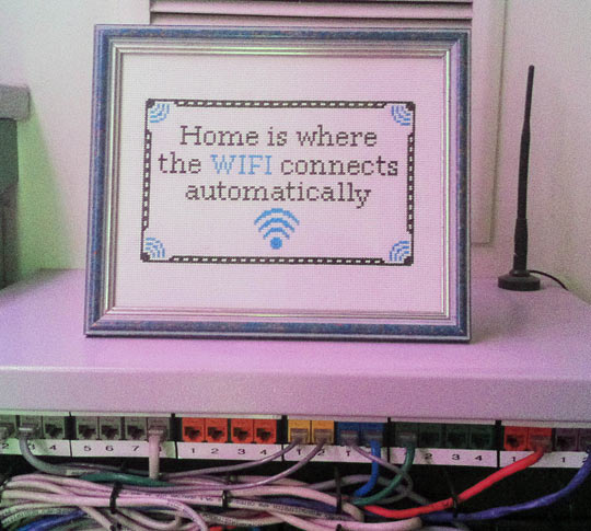 funny-WiFi-connection-home-frame