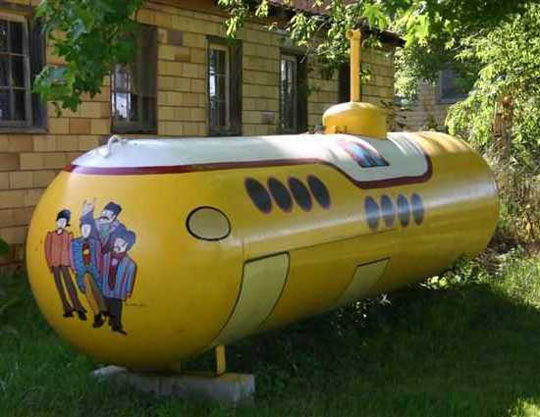funny-painted-propane-tanks