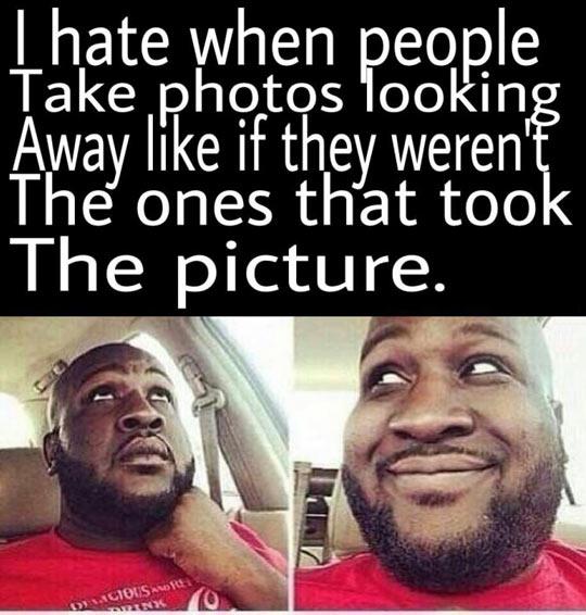 funny-people-look-away-selfies-pictures