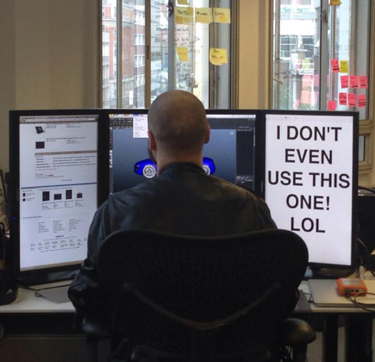 funny-working-multiple-monitors