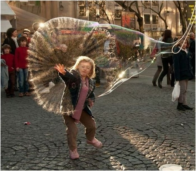 21 of the Most Perfectly Timed Photos Ever10