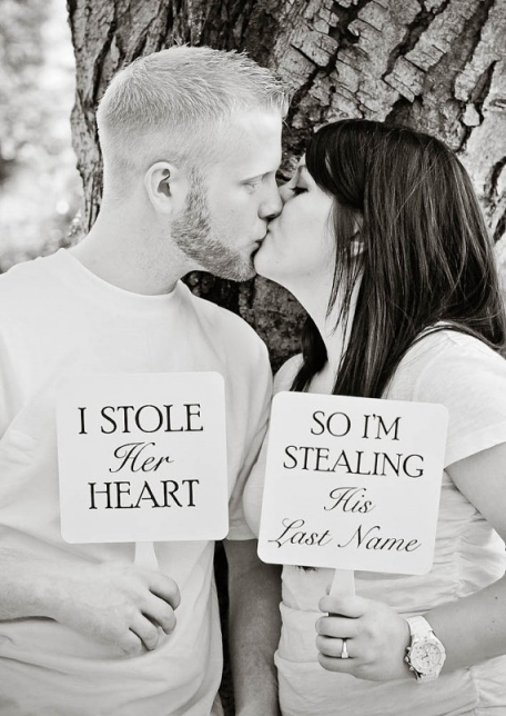Some Awesomely Bad Engagement Photos (19 pics)4