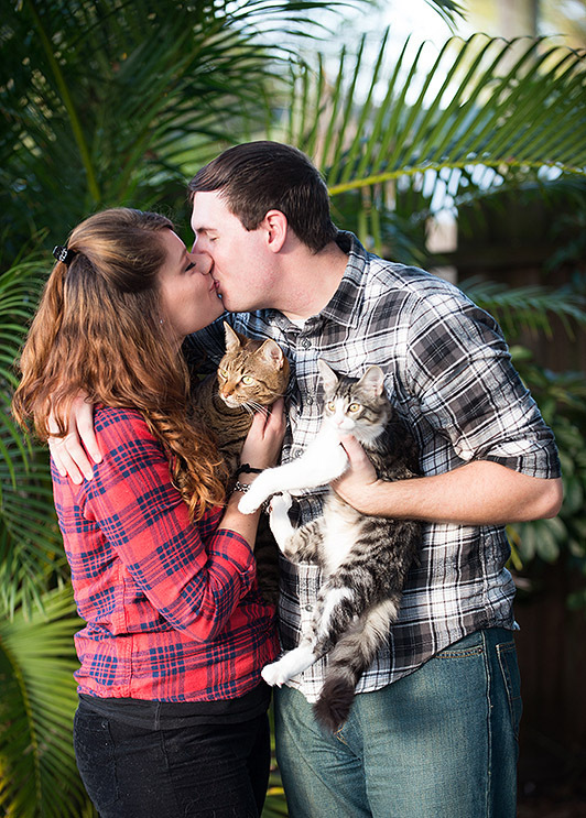 Some Awesomely Bad Engagement Photos (19 pics)5