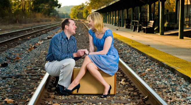 Some Awesomely Bad Engagement Photos (19 pics)9