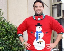 Ugliest Christmas Sweaters You'll Ever See (13 Pics)1