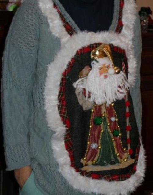 Ugliest Christmas Sweaters You'll Ever See (13 Pics)11