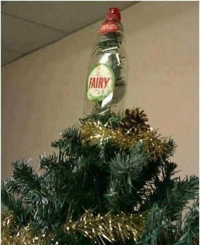 16 Dreadful Office Christmas Decorations