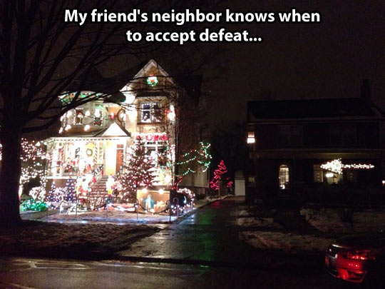 funny-Christmas-lights-house-arrow-neighbor