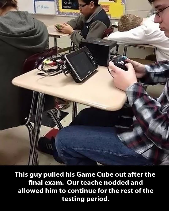 funny-Game-Cube-boy-playing