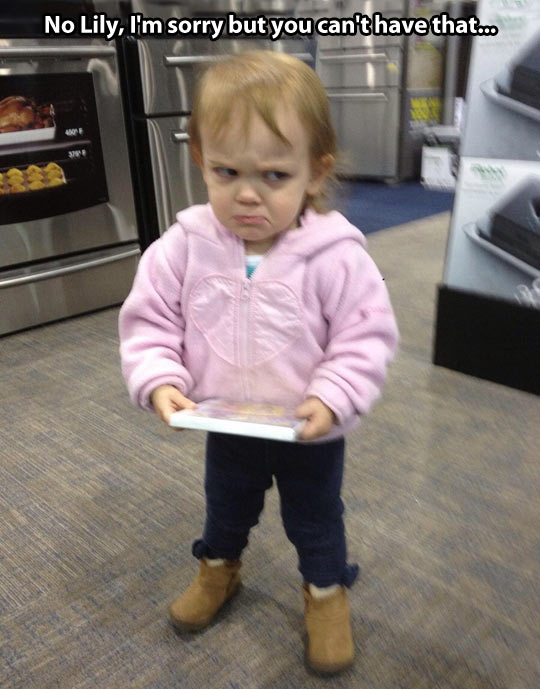 funny-angry-girl-game-face