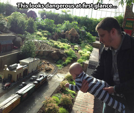 funny-baby-parents-jungle-train-station