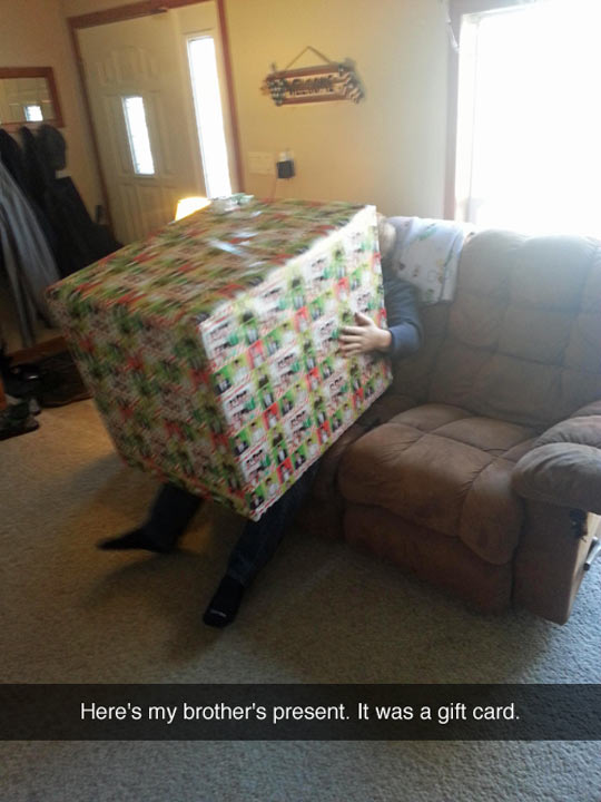 funny-coach-box-present-giant-gift