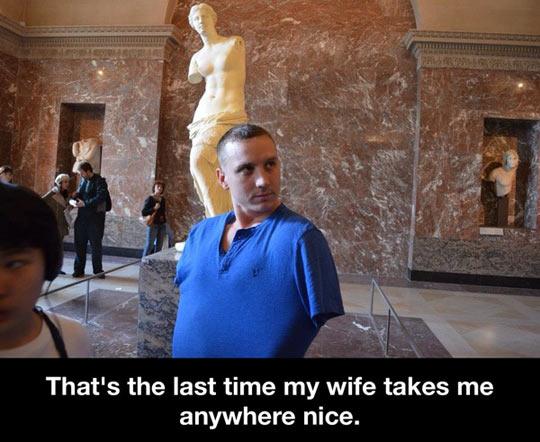 funny-husband-Venus-museum