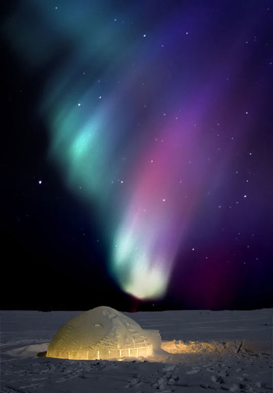 An igloo under the Northern Lights…