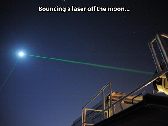 funny-moon-laser-night-sky
