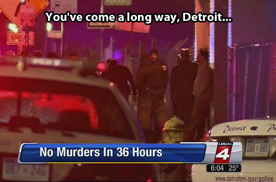 funny-news-Detroit-people-street