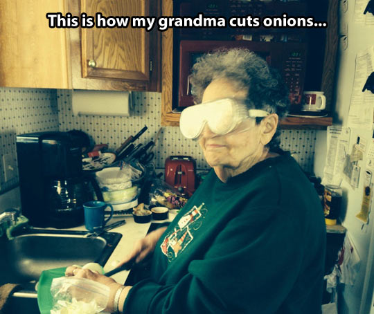 funny-onion-grandmother-glasses-kitchen