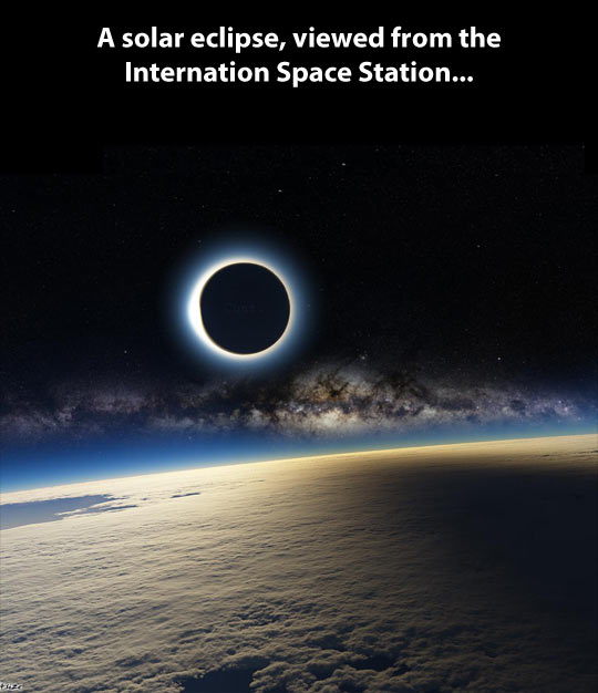 funny-planet-earth-moon-space-eclipse