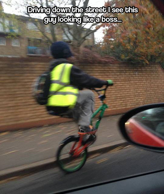 funny-riding-bicycle-street-no-wheel
