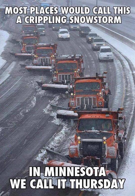 funny-trucks-snow-Minnesota-snowstorm