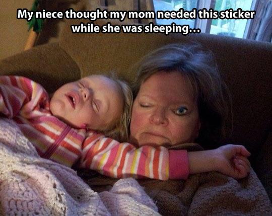 funny-woman-kid-sleeping-eye
