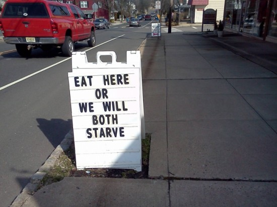10-Funny-And-Creative-Cafe-Boards-004-550x412