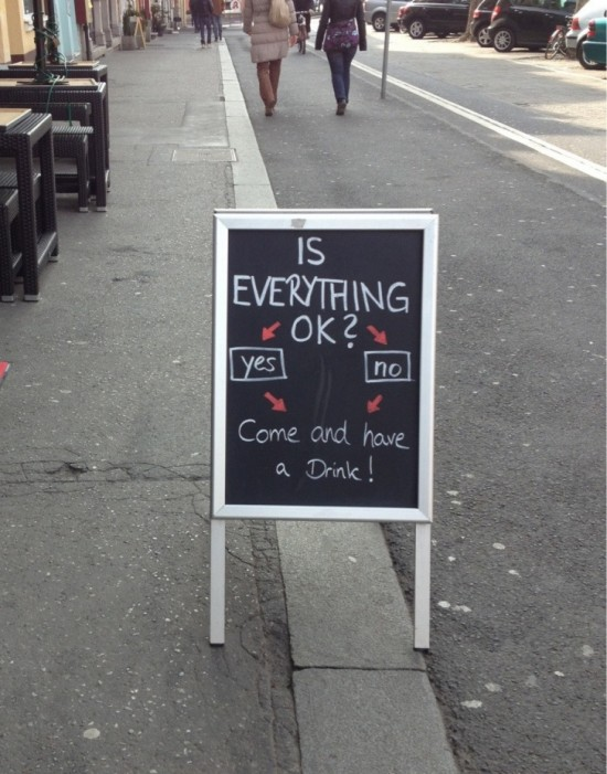 10-Funny-And-Creative-Cafe-Boards-010-550x701
