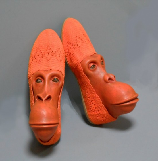 11-Hilarious-Shoes-That-Will-Make-Your-Day-002-550x562