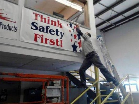 23-People-Who-Dont-Think-About-Safety-001