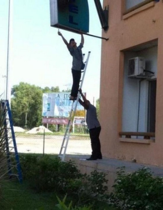 23-People-Who-Dont-Think-About-Safety-013