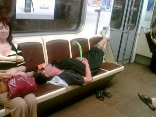 32-Strange-people-on-public-transport-010