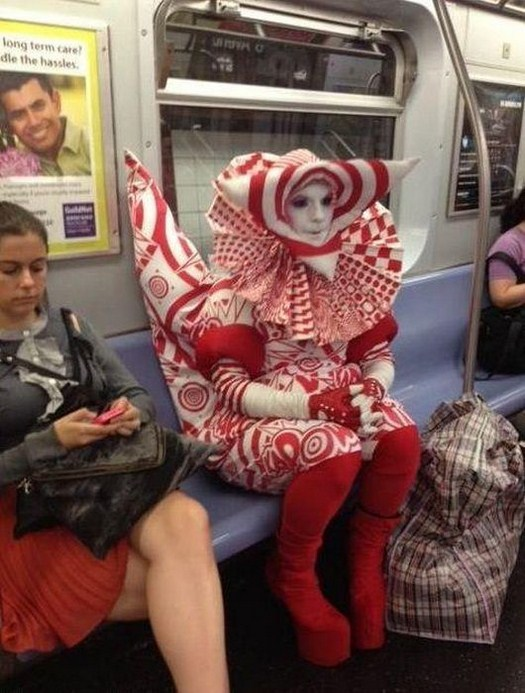 32 Strange People On Public Transport