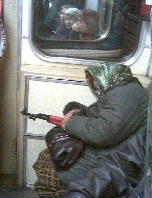 32-Strange-people-on-public-transport-014