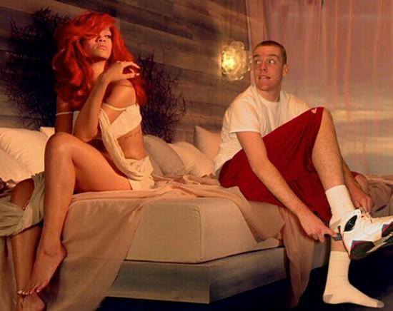 Man-Photoshops-Himself-Into-Celebrity-Photos-024-550x436