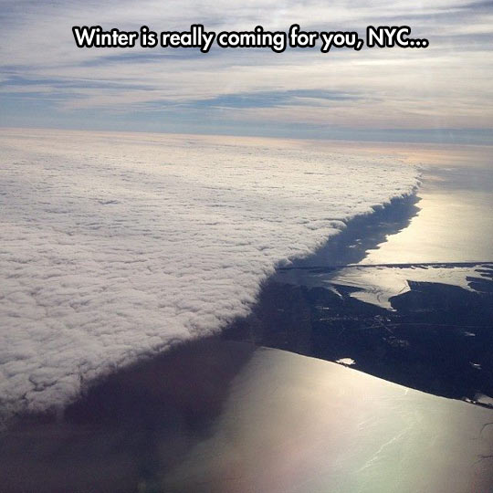 cool-snow-New-York-city-winter-clouds