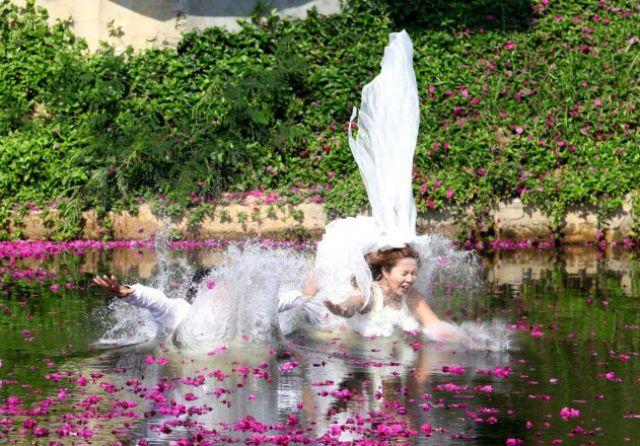 embarrassing_wedding_moments_640_13