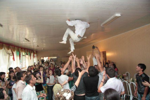 embarrassing_wedding_moments_640_19