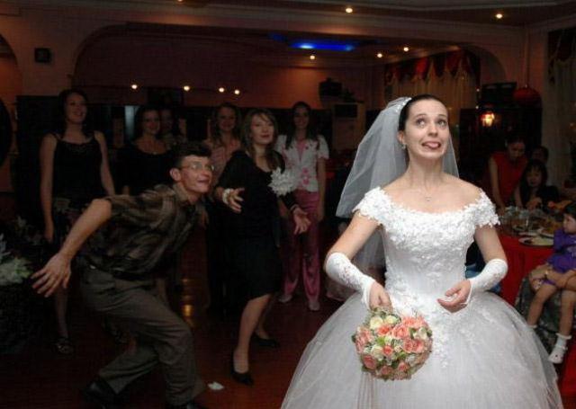 embarrassing_wedding_moments_640_28