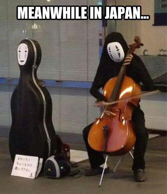 funny-Japan-musician-Spirited-Away-mask