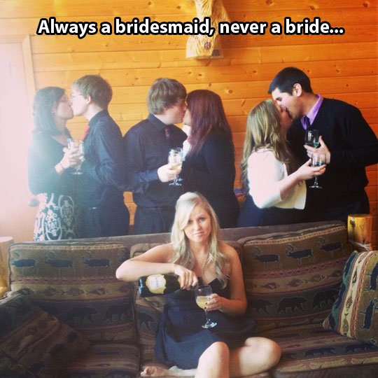 funny-bridesmaid-drinking-alone-couples