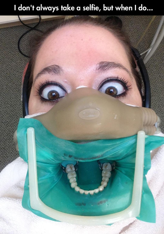funny-dentist-face-teeth-mouth