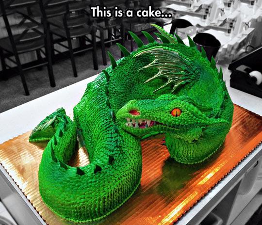 funny-dragon-cake-green-shape-wing