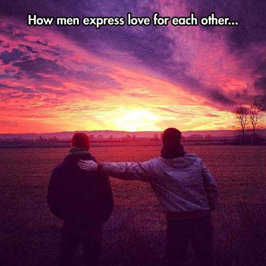 funny-guys-pat-back-sunset-friendship