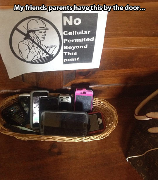 funny-phone-sign-forbidden